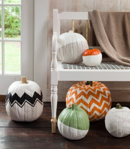 halloween-home-decor-pumpkins-country-living-tuvalu